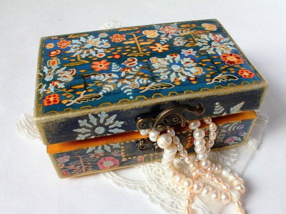 Jewelry box    Christmas Jewelry box  Wooden by ArtKaleydoskop2015