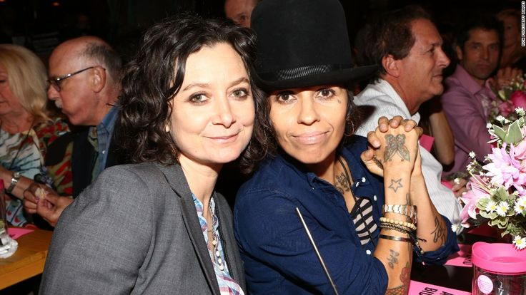 Sara Gilbert and Linda Perry welcomed their first son Rhodes Emilio Gilbert Perry over the weekend. Description from fashionnstyle.com. I searched for this on bing.com/images