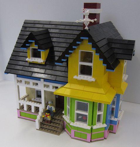 LEGO Up House