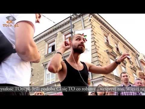 Carnaval Sztuk-Mistrzów. Piotr Denisiuk - pokaz iluzji. Lublin 2014 - TOtv.pl - YouTube