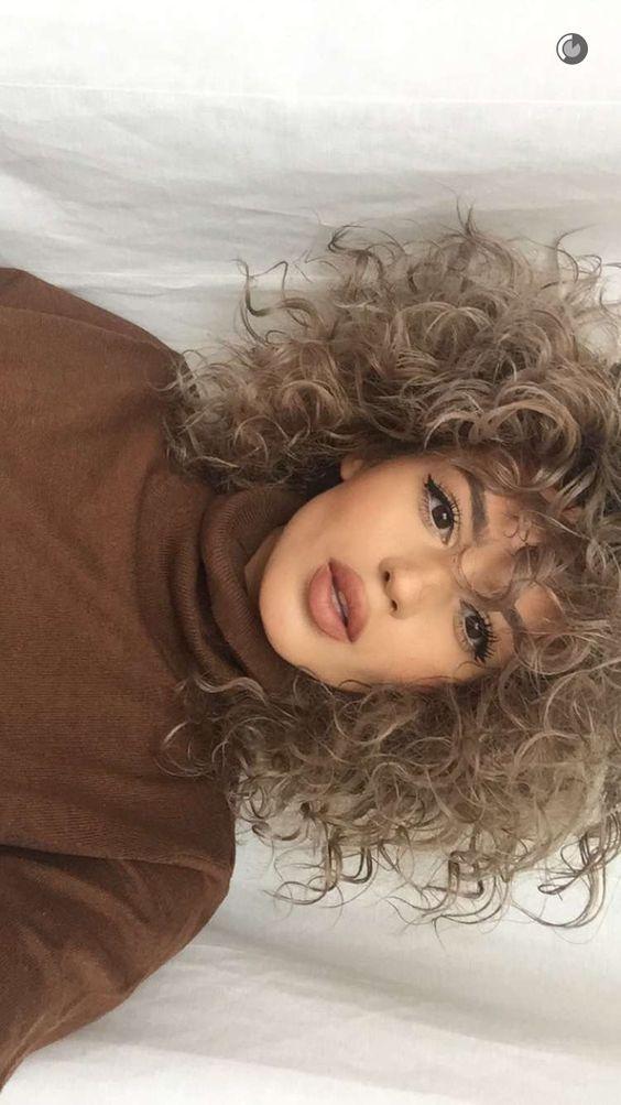 Blonde Curly Human Hair Wigs Short To Medium