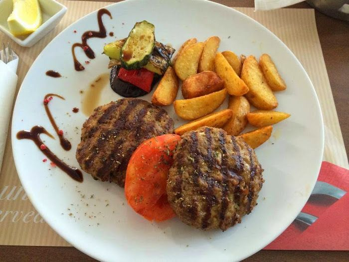 Burger with Potatoes & Roasted Vegetables