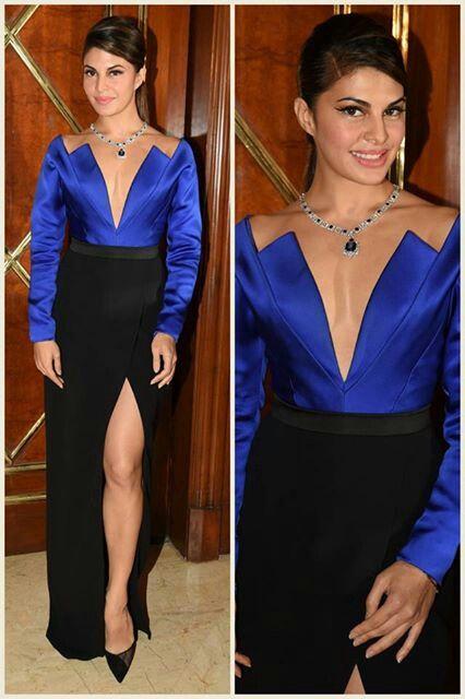 jaqueline luking stunning in this royal blue n black dress....:*>