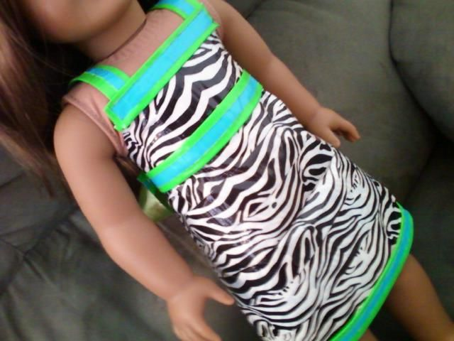Duct tape dress for your American girl doll or Alexandre doll! Got some spare duct tape? Try a few ideas on your dolls!