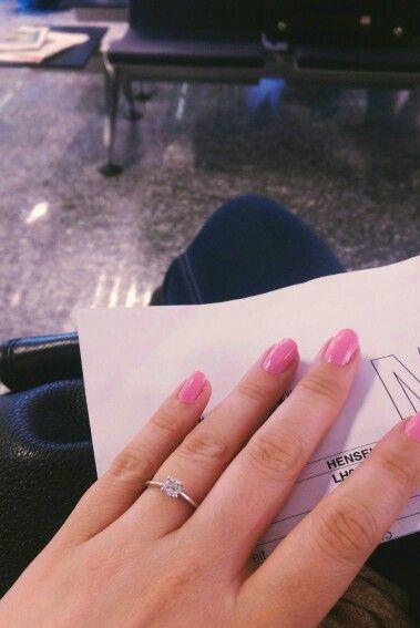 My Love #engagementring #verlobungsring #diamanten #diamonds #pinknails #solitärring