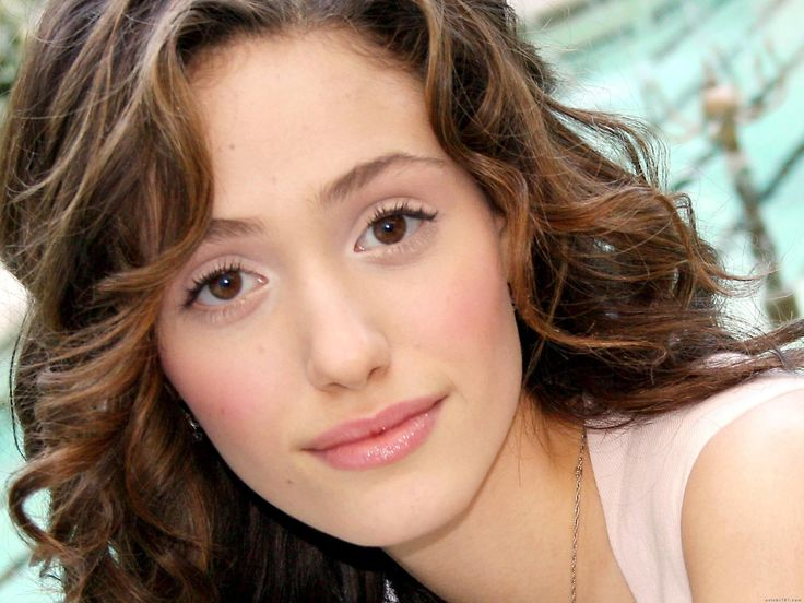 Emmy Rossum would be perfect as the innocent and spirited Ana Steele in the movie, Fifty Shades of Grey!
