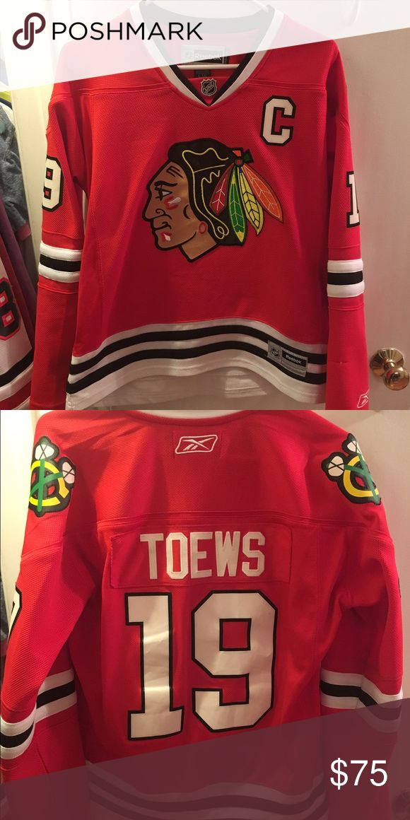 Jonathon Toews Blackhawks Jersey Women's Large, barely worn! Reebok Tops Tees - Long Sleeve