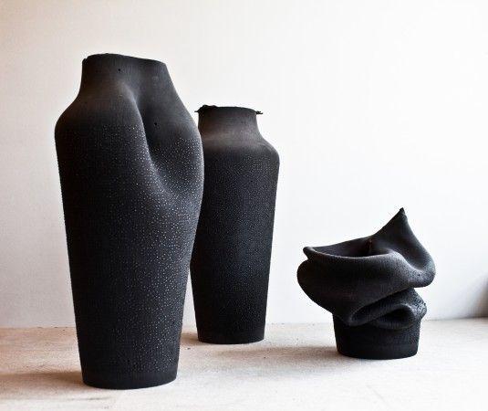 Ashes 3D printed vases by Birgit Severin | FUTU.PL