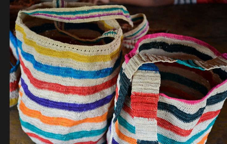 Hand made cumare bags made in Guainía, Colombia. #Mambe Shop www.mambe.org
