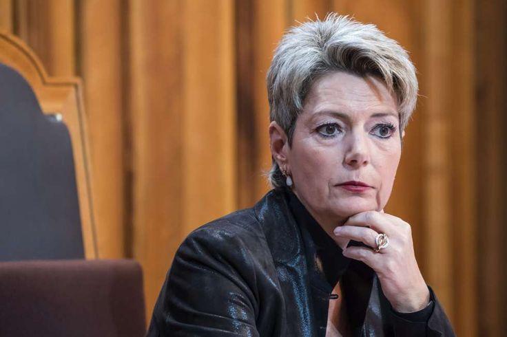FDP-Ständerätin Karin Keller-Sutter über die Rentenreform: «Dieses Zückerchen können wir  haarsträubend, REchte mit mehreren Renten, Boni verwigern den Aermsten eine kleine Kompensation