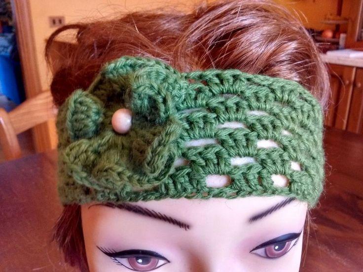Fascia paraorecchie di lana verde , by Amo a Mano, 8,00 € su misshobby.com