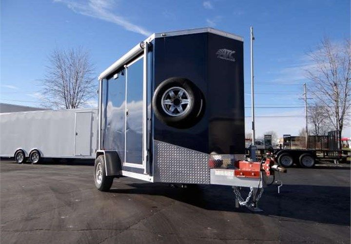 6 X 10 Mobile Pump Showroom This Trailer Features An Eight Foot Manual Awning A Two Foot Wedge Nose Design Aluminium Cabin Trailer Awning Spare Tire Mount