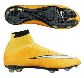 The Nike Mercurial SuperFly IV Soccer Cleats (Laser Orange/Volt/Black/White) helps take your game to a new level. Get your pair of soccer boots today at SoccerCorner.com!
