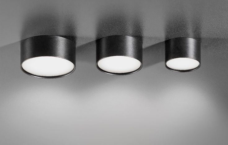 Plafonnier en aluminium moulé