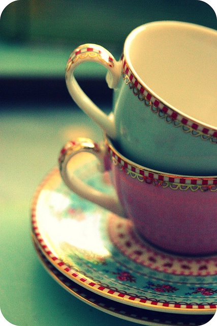 love tea cups (these are so cute ~ are they Mary Engelbreit?? No credits so I can't know for sure, but they have her look to them!)