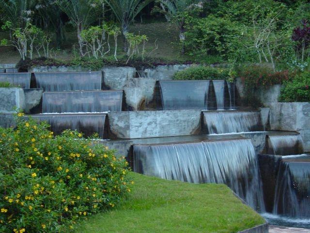 landscaping by Roberto Burle Marx for Residência Odete Monteiro ( in 1948 and 1988), Petrópolis - Rio de Janeiro