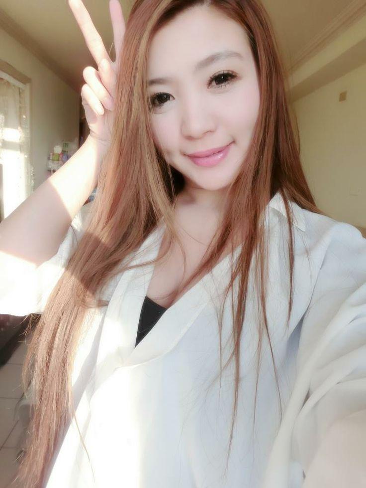 Sweet asian gal enjoys group sex 9