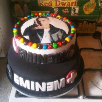 Eminem cake~i would so want this for my birthday cake!!!!