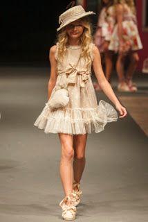 Niñas y Niños de Moda: La Ormiga - Vestidos Para Ninas Moda Primavera Verano 2016
