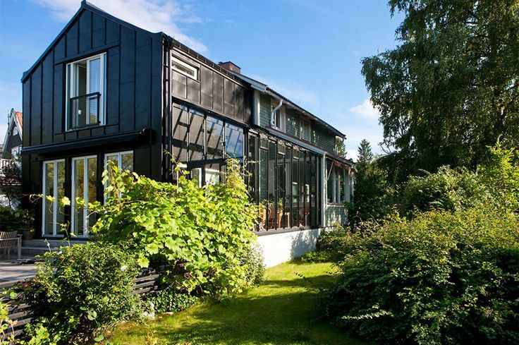 Bitte Nilsson/Mats Andersson tillbyggnad till 1920-talshus  i Enskede. SvD 26 maj 2015 http://www.svd.se/utbyggnad-med-utekansla-i-enskede