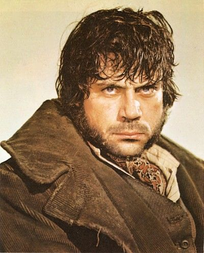 Oliver Reed (Bill Sykes) plays a perfect sociopath. The cast of 1968's cinematic Oliver was wonderful.
