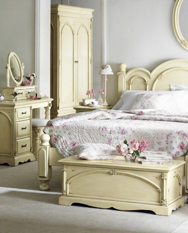 51 best IDEES CHAMBRES SHABBY images on Pinterest | Bedroom ideas ...