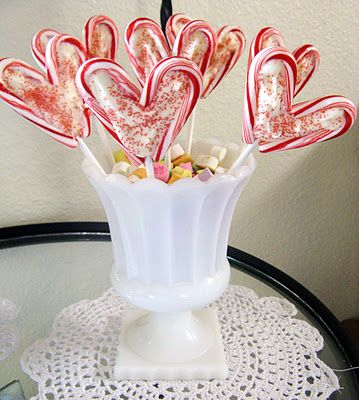 Candy Cane lollipops. Cute!Valentine'S Day, Valentine Lollipops, Heart Lollipops, Canes Valentine, Valentine Day, Christmas Candies, Candy Canes, Candies Canes, Leftover Candies