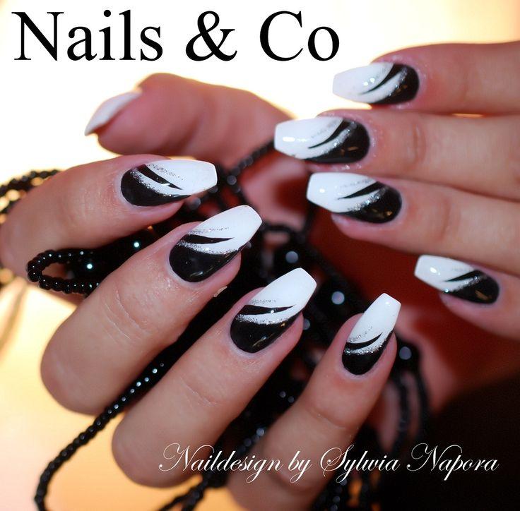 Ob Schachbrett, Zebrastreifen, geometrische Muster, Retro-Ornamente oder … – Nail Art & Co
