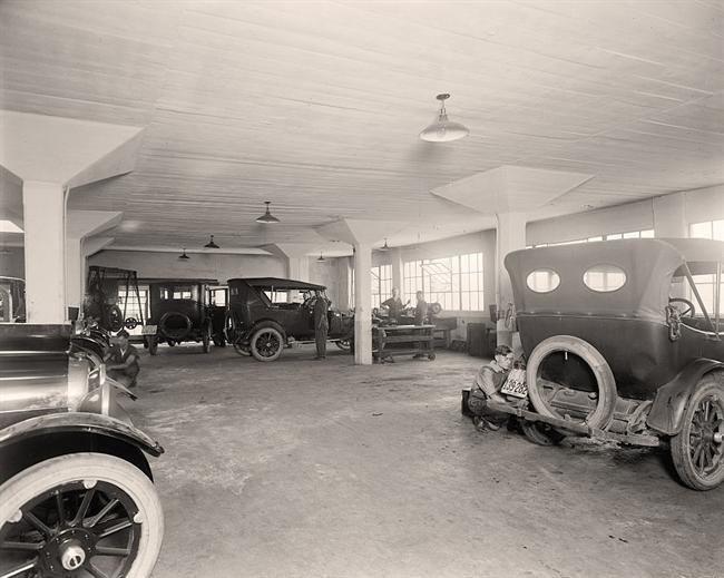 28 best images about cool vintage garages on pinterest for Garage automobile 74
