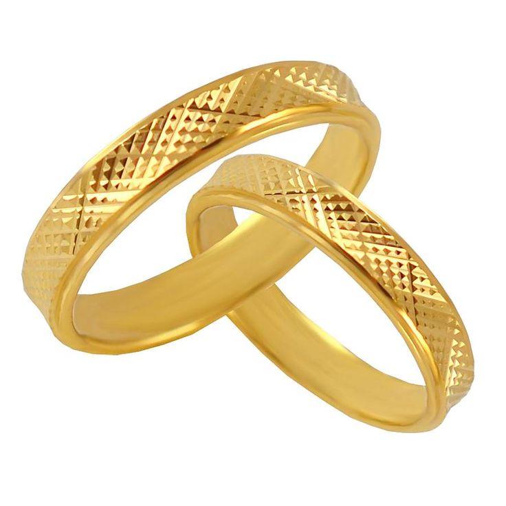 V20-26-40Κ Χρυσή βέρα γάμου από 243 € το ζευγάρι.