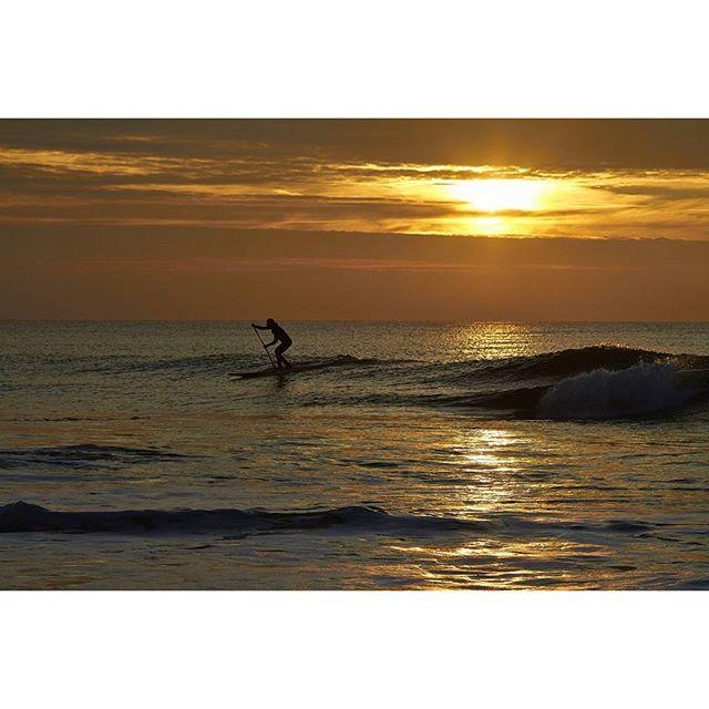 #standuppaddling #westerland #sunset #Sonnenuntergang #sylt #surf #surfing…