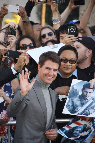 """Tom Cruise appeared at the """"Oblivion"""" Hollywood Premiere at #DolbyTheater on April 10, 2013 http://celebhotspots.com/hotspot/?hotspotid=5623&next=1"""