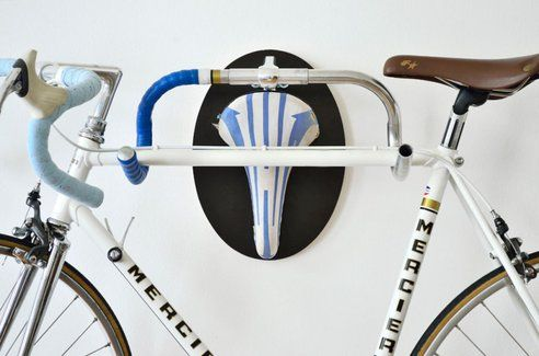 Cheeky recycled bike trophies for hanging things up : TreeHugger
