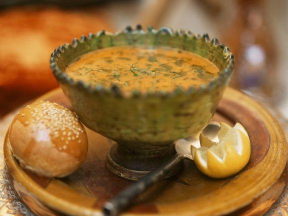 Weizenschrotsuppe mit Lamm auf algerische Art ist ein Rezept mit frischen Zutaten aus der Kategorie Gewürze. Probieren Sie dieses und weitere Rezepte von EAT SMARTER!