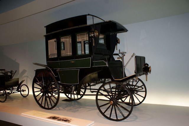Benz Omnibus (1895) Mercedes-Benz Müzesi, Stuttgart, Almanya