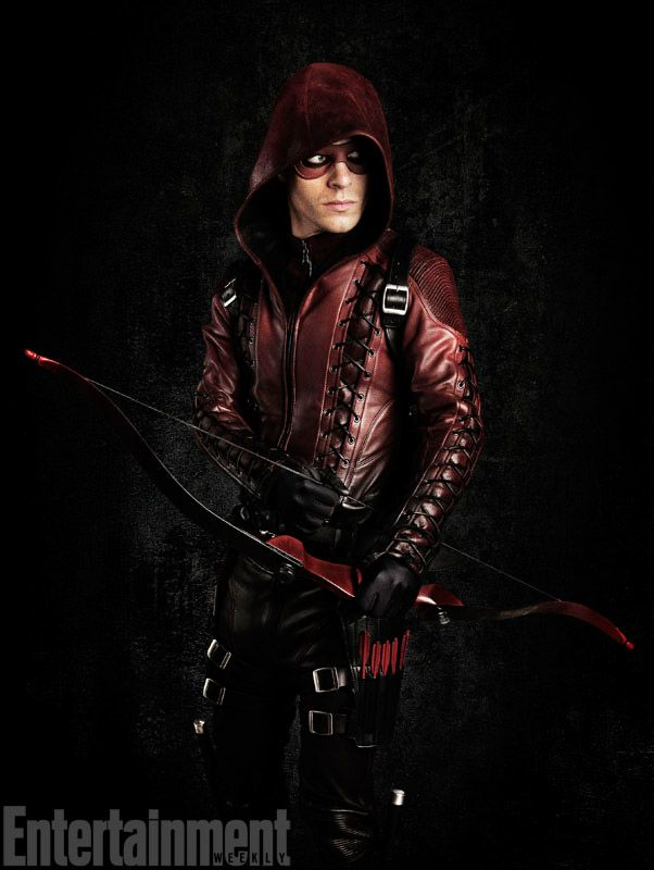 Exclusive First Look Of Colton Haynes As Red Arrow/Arsenal In Arrow Season 3 Mmmmmmm yes, Red Arrow <3