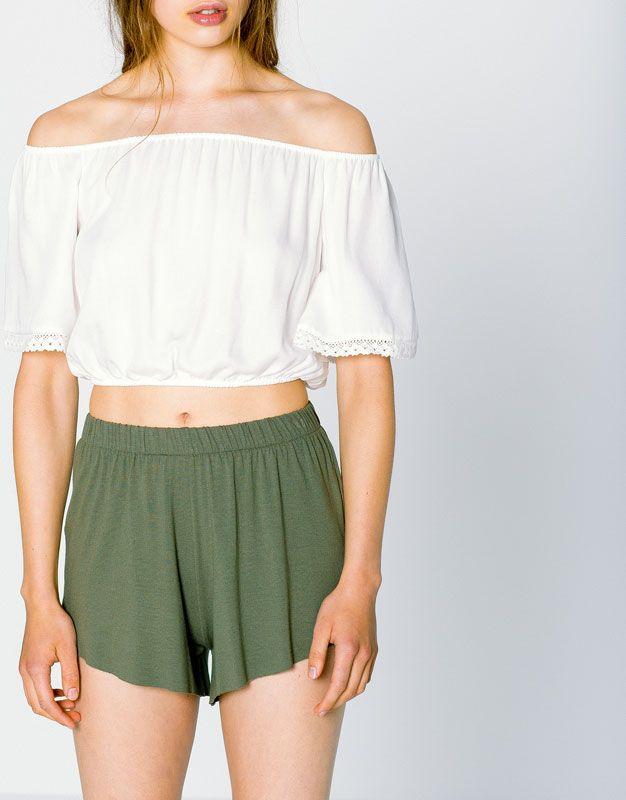 Crochet lace trim top - Blouses & shirts - Clothing - Woman - PULL&BEAR Singapore