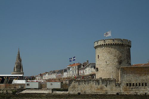 Resolutely forward-looking thousand-year-old city(estate), La Rochelle is a beautiful and generous city which conjugates the conservation of an exceptional natural and architectural heritage and an innovative, reasoned and harmonious development of i Su Kaçağı  http://www.maviaytesisat.net Su Tesisatçısı http://sukacagim.net Koku Tespiti http://timtesisat.com Tıkanıklık Açma http://www.maviaytesisat.com.tr