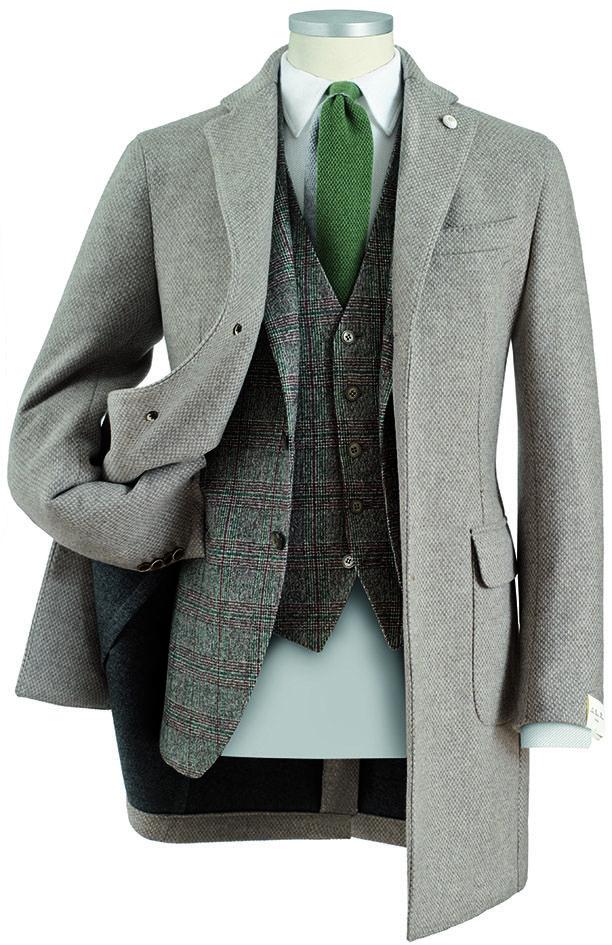 #cappotto da uomo #coat sfoderato  double face microeffetto in lana finissima #abito da uomo con #gilet Principe di Galles texture effetto frisé #fashion #menswear #Lubiam Luigi Bianchi Mantova