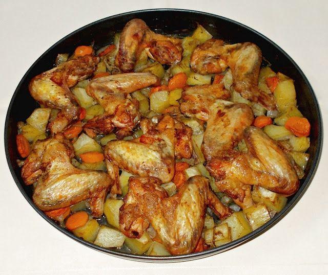 Aripioare de pui cu cartofi si morcovi la cuptor - Bunătăți din bucătăria Gicuței
