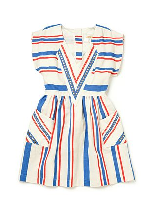 I love how pocket dresses continue to grow in popularity!