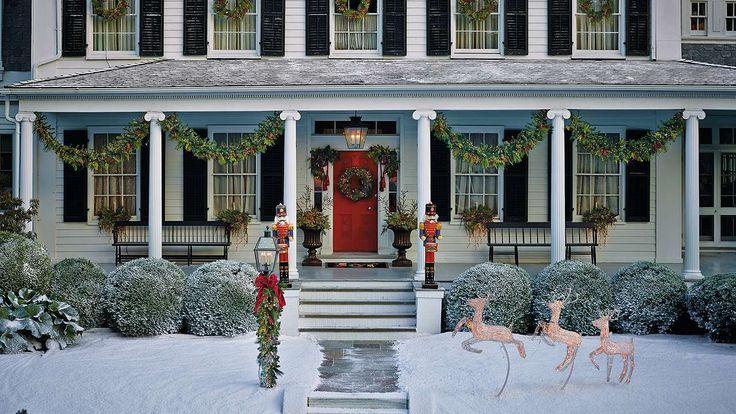 Pretty for the front porch! Estate Pre-lit Garland
