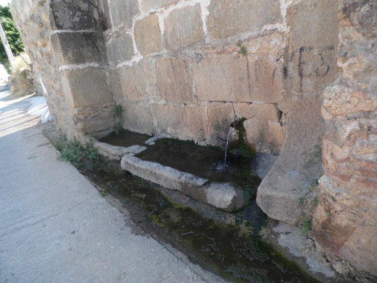 """Hinojosa de San Vicente (Toledo) La fuente del """"Pocito"""""""