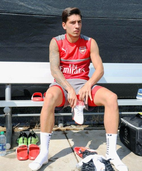 Hector Bellerin of Arsenal before a training session at San Jose... - http://euro2016.abafu.net/football/hector-bellerin-of-arsenal-before-a-training-session-at-san-jose