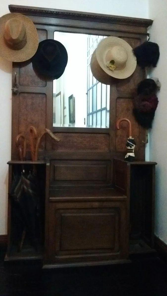 antiguo recibidor perchero de estilo año 1910