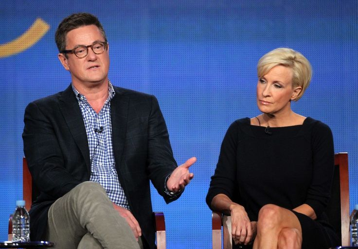 We are merely peasants to #Establishment #MSM We NEED #PoliticalRevolution Microphones catch Scarborough's between-segments banter with Donald Trump during MSNBC 'town hall'