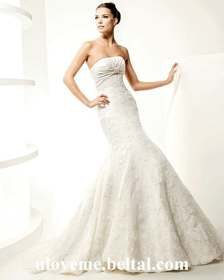 Strapless Satin Lace Mermaid Floor-length 2011 La Sposa Wedding Dress is one of the most mopular, beautiful, cheap Bridal Accessories on Wholesale