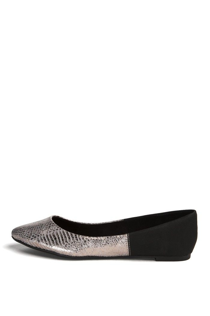 Kassia Flat in Pewter - Shop ~ Yellow Box