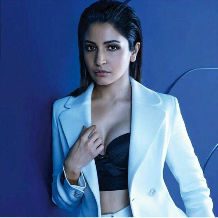 Anushka Sharma Glamorous Photoshoot