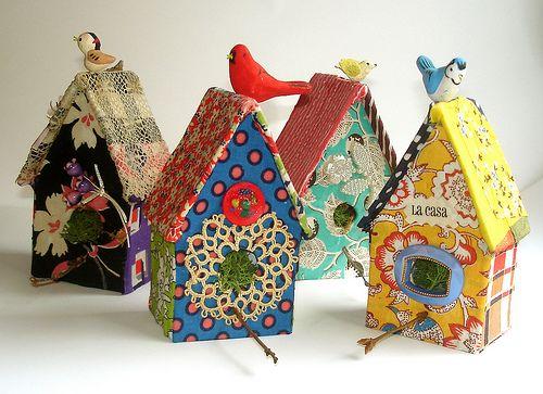 bird houses: Crafty Stuff, Little Birds, Birds Houses, Art Sul-Africana, Finch, Fabrics Houses, Colors Birds, Beautiful Birds, Crate
